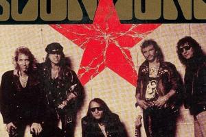 Klaus Meine Operasi Batu Ginjal, Konser Scorpions di Australia Ditunda